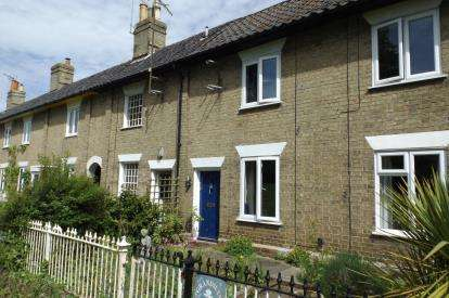 2 Bedrooms House for sale in Wickham Market, Woodbridge