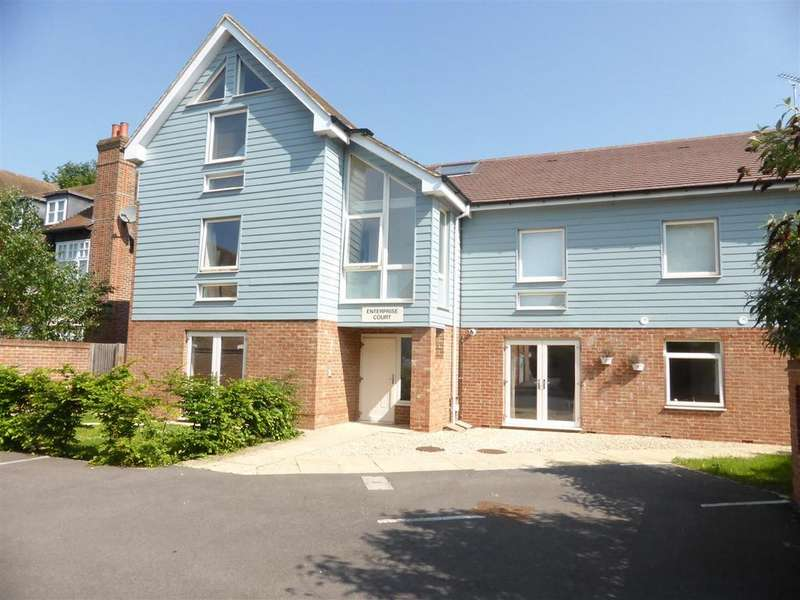 2 Bedrooms Apartment Flat for sale in Reading Road, Pangbourne, Reading