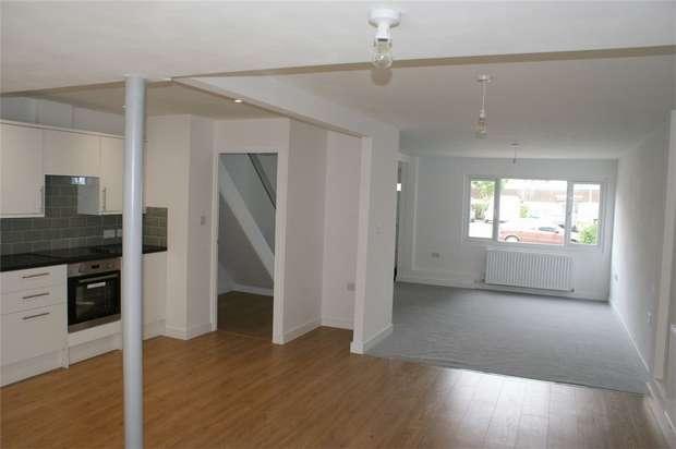3 Bedrooms Terraced House for sale in The Dart, Grovehill, HEMEL HEMPSTEAD, Hertfordshire