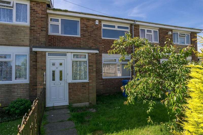 3 Bedrooms Terraced House for sale in Whitethorn Avenue, WITHERNSEA, East Riding of Yorkshire