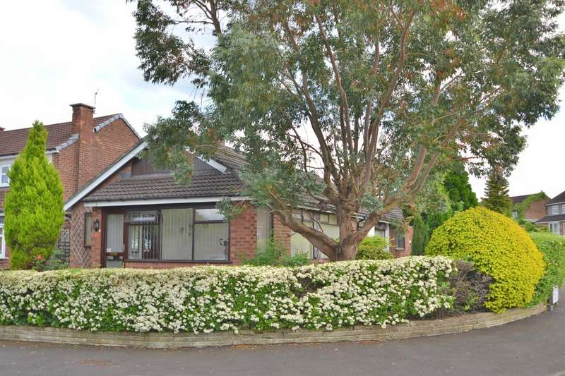 3 Bedrooms Detached Bungalow for sale in Radnormere Drive, Cheadle Hulme