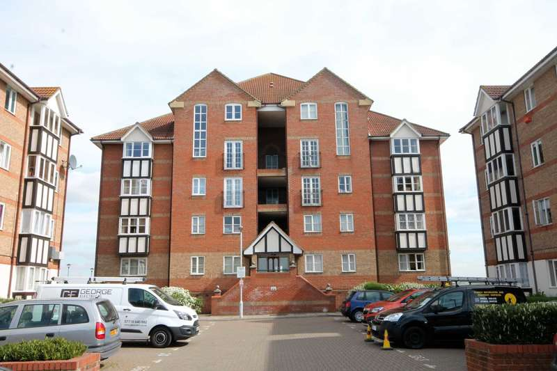 2 Bedrooms Apartment Flat for sale in Chandlers Drive, Erith, DA8 1LN