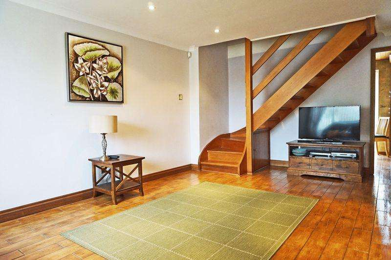 2 Bedrooms Terraced House for sale in Keats Road, Welling