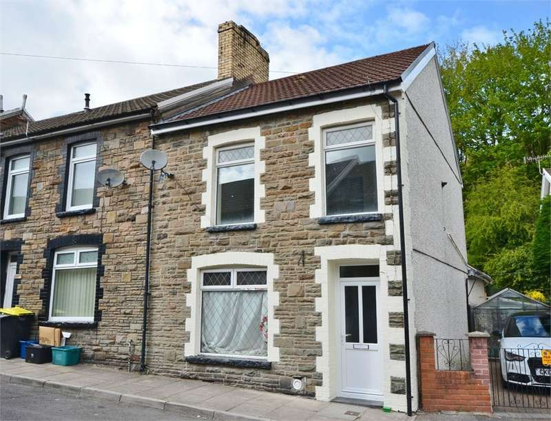 3 Bedrooms End Of Terrace House for sale in Gresham Place, Treharris, CF46
