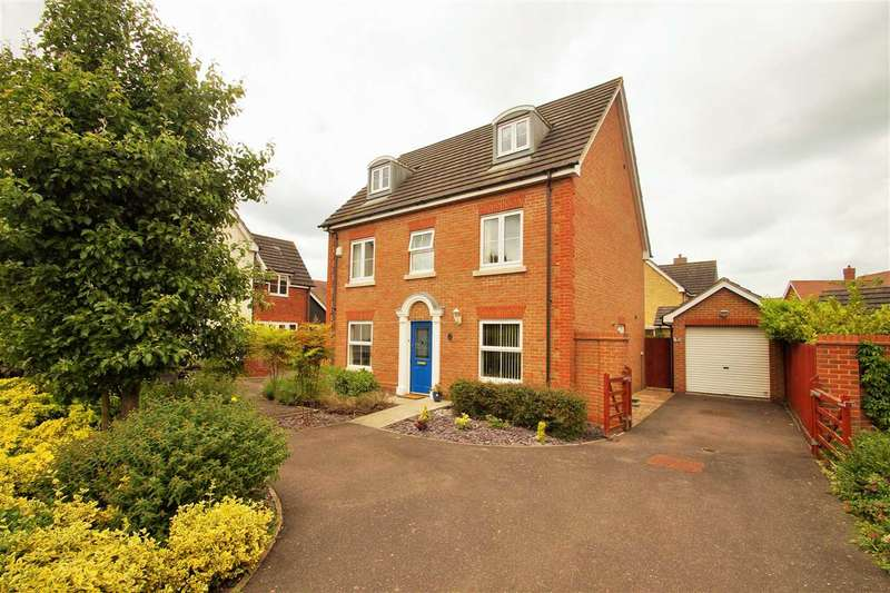 5 Bedrooms Town House for sale in Gavin Way, Myland, Colchester