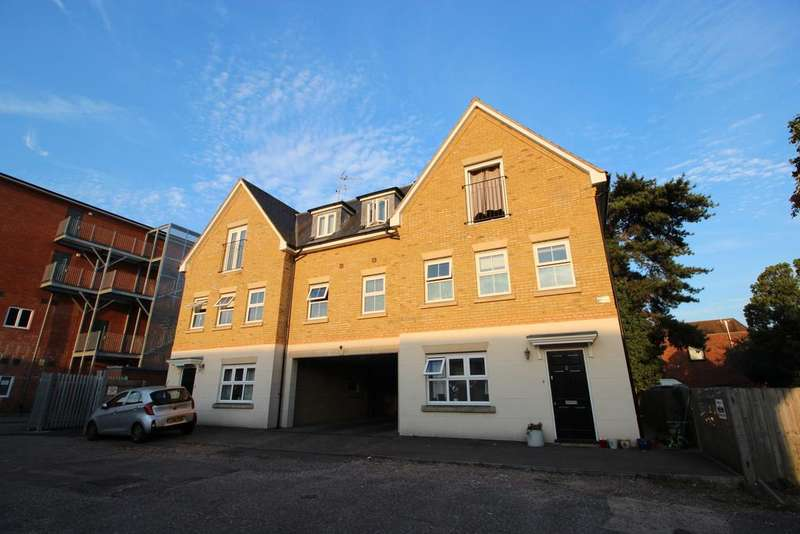 1 Bedroom Apartment Flat for sale in Brocket Road, Hoddesdon EN11
