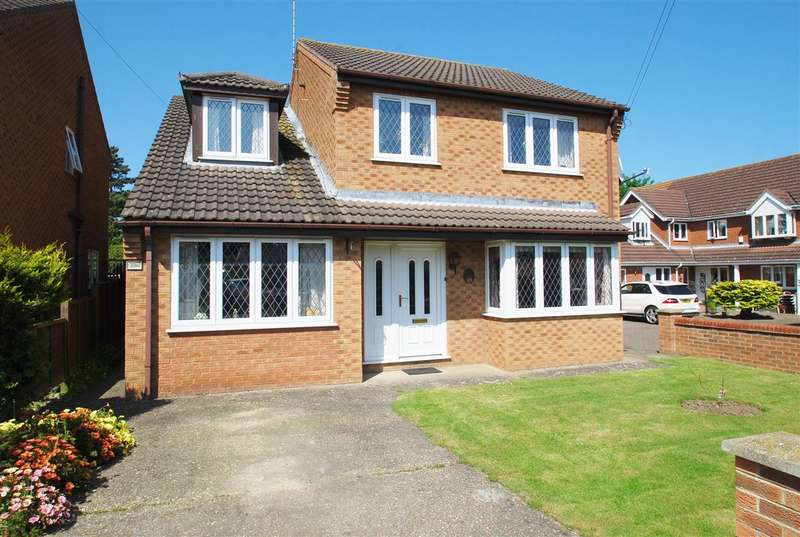 5 Bedrooms Detached House for sale in Derby Avenue, Skegness