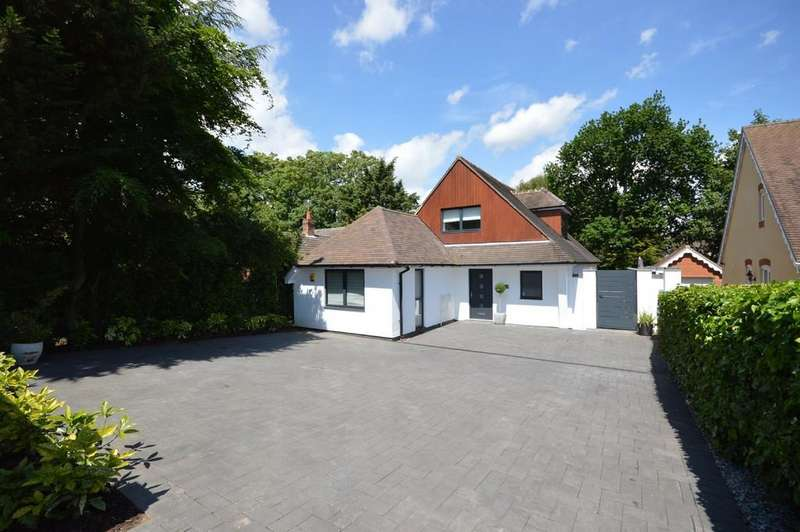 3 Bedrooms Detached House for sale in Ashley Gardens, Lexden