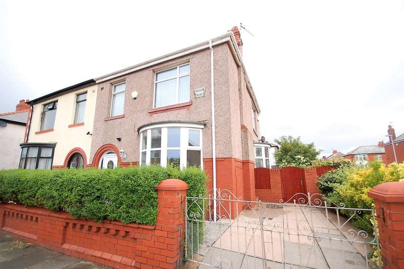 3 Bedrooms Semi Detached House for sale in Hudson Road, Blackpool