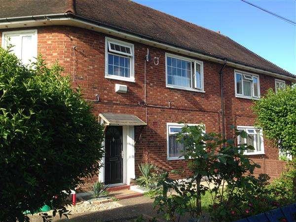 4 Bedrooms Maisonette Flat for sale in Green Lane, Hounslow