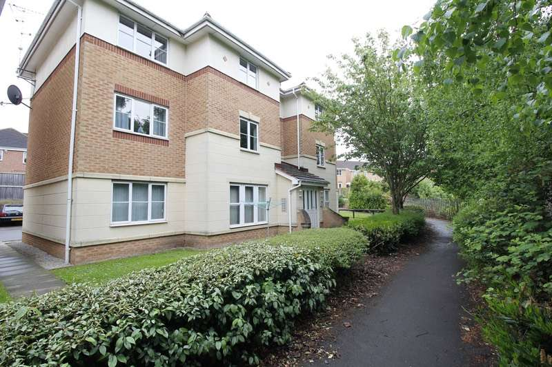 2 Bedrooms Flat for sale in 72 Moat House Way, Conisbrough, Doncaster, South Yorkshire, DN12