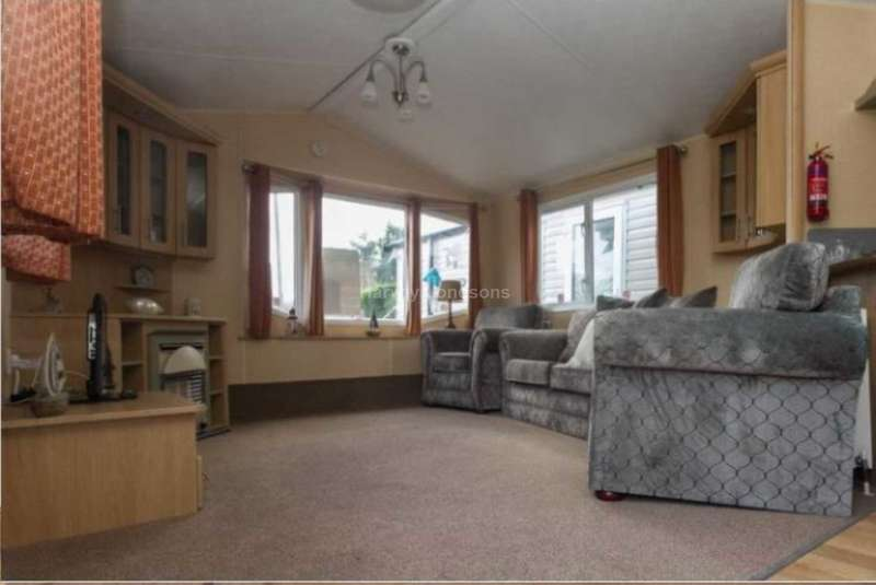 2 Bedrooms Mobile Home for sale in Whitecliff Bay Holiday Park, Hillway Road, Bembridge, Isle of Wight