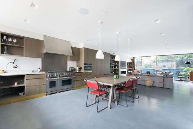 3 Bedrooms Flat for sale in Courtnell Street, London, W2
