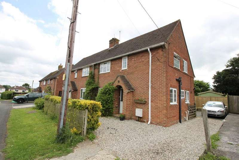 3 Bedrooms Semi Detached House for sale in poultons road, overton rg25