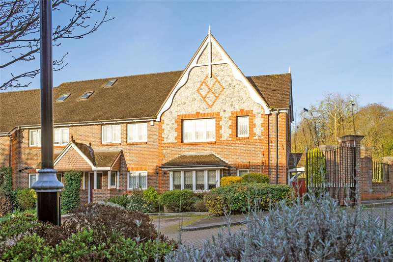3 Bedrooms House for sale in Southlands Drive, London, SW19