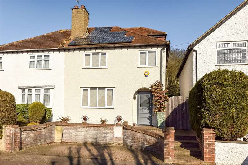 4 Bedrooms Semi Detached House for sale in Goldings Road, Loughton, Essex, IG10