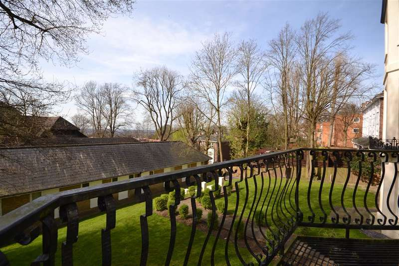 3 Bedrooms Apartment Flat for sale in Summit House, Harrow on the Hill