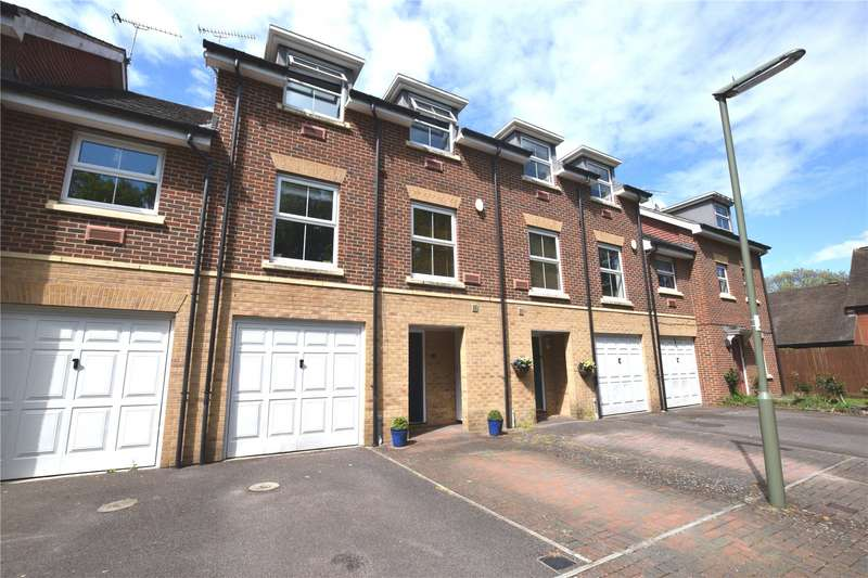 4 Bedrooms Town House for sale in Dene Close, Camberley, Surrey, GU15
