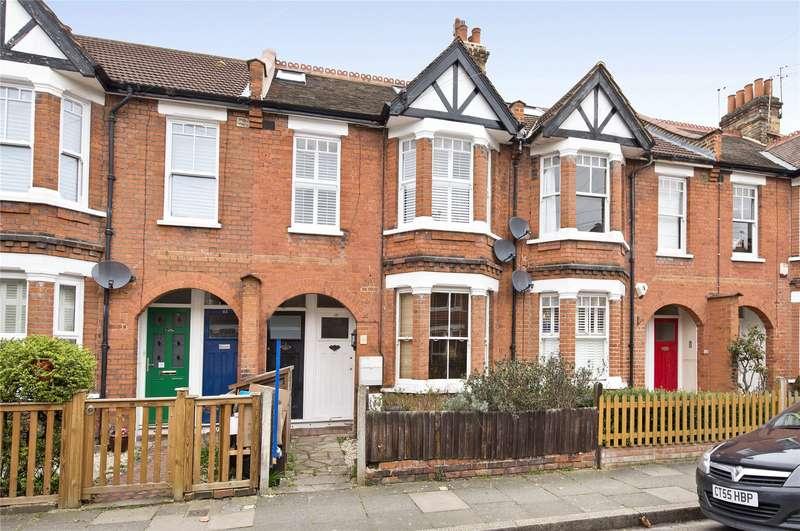 2 Bedrooms Flat for sale in Godstone Road, St Margarets, TW1