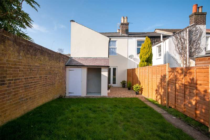 3 Bedrooms End Of Terrace House for sale in Mark Street, Reigate, Surrey, RH2