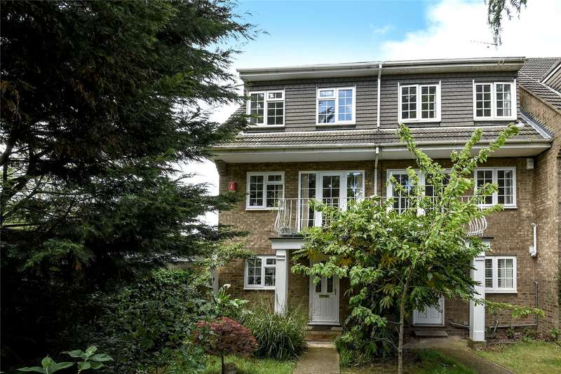 4 Bedrooms Semi Detached House for sale in High Road, Buckhurst Hill, Essex, IG9