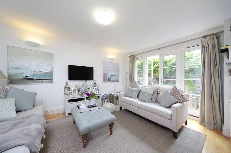 2 Bedrooms Flat for sale in Alcon Court, 20 Earlsfield Road, Wandsworth, London, SW18