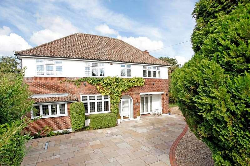 5 Bedrooms Detached House for sale in Foxgrove Road, Beckenham, Kent, BR3