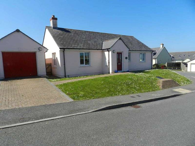 2 Bedrooms Detached Bungalow for sale in Swanswell Close, Broad Haven, Haverfordwest