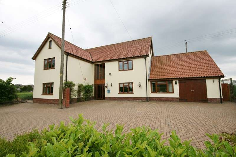 8 Bedrooms Detached House for sale in Poplar Road, ATTLEBOROUGH