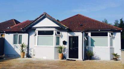 6 Bedrooms Bungalow for sale in Hornchurch