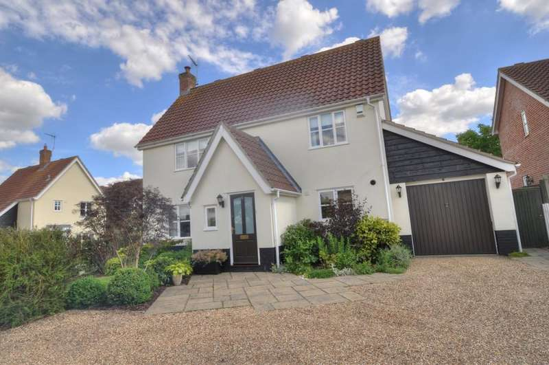 4 Bedrooms Detached House for sale in Holmere Drive, Halesworth
