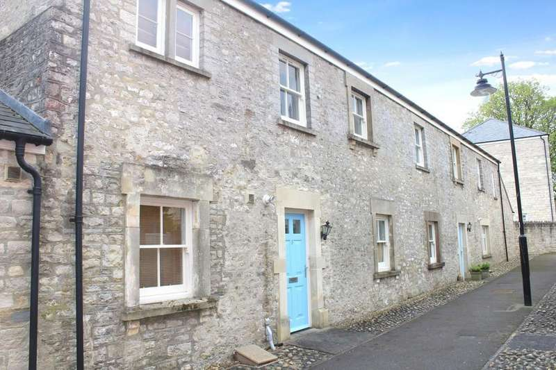 2 Bedrooms Terraced House for sale in Hazel Walk, Shepton Mallet