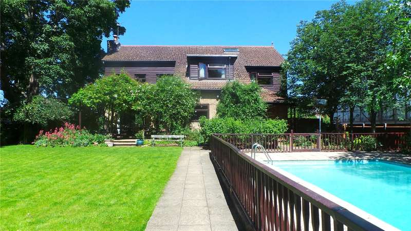 5 Bedrooms Detached House for sale in Eel Pie Island, Twickenham, TW1