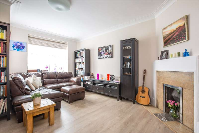 2 Bedrooms Apartment Flat for sale in Aylmer Court, Sheldon Avenue, East Finchley, London, N2