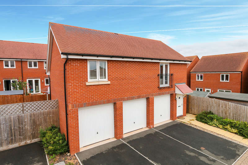 2 Bedrooms Detached House for sale in Henrys Run, Cranbrook