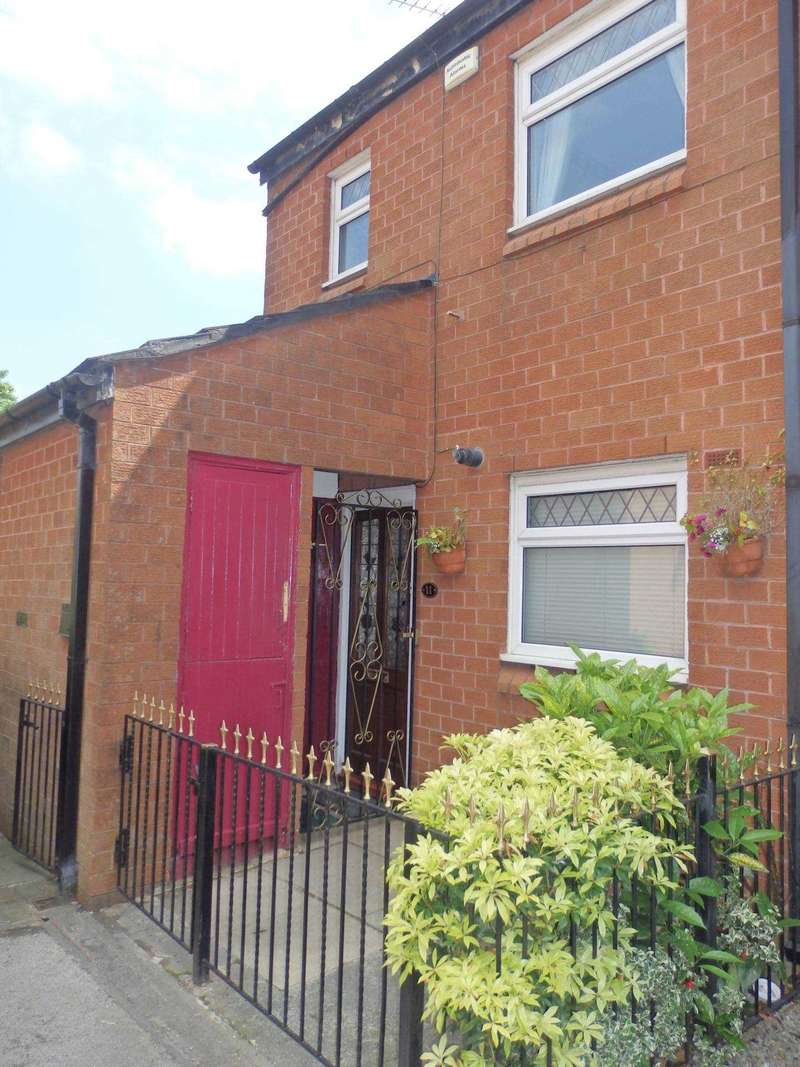 3 Bedrooms Town House for sale in Hackford Close, Bolton