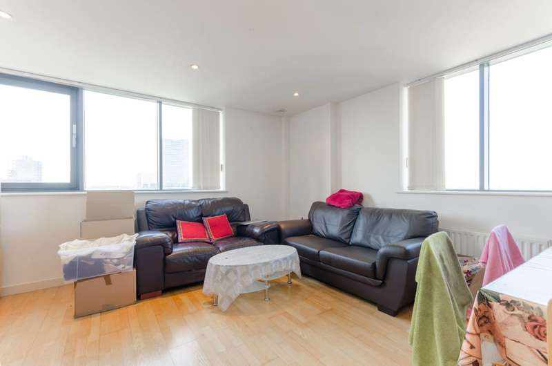 2 Bedrooms Flat for sale in East India Dock Road, Poplar, E14