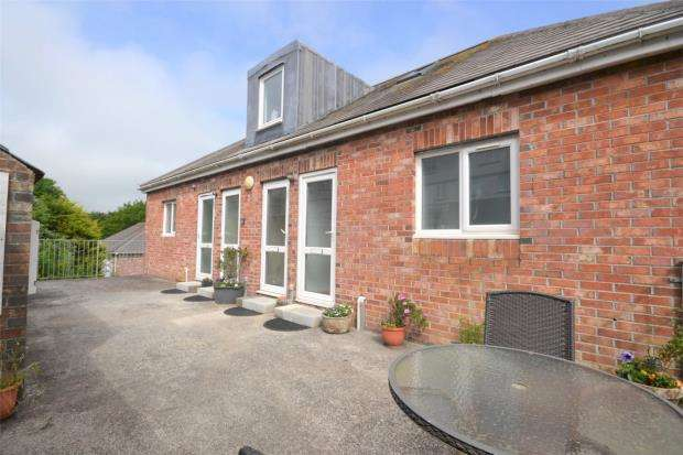 3 Bedrooms Maisonette Flat for sale in Tregarrick, Looe, Cornwall