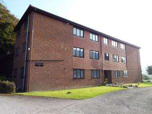 2 Bedrooms Flat for sale in Leahurst Court, 97 London Road, River, Dover