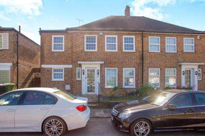 4 Bedrooms Semi Detached House for sale in Fryent Way, Kingsbury, London, Uk
