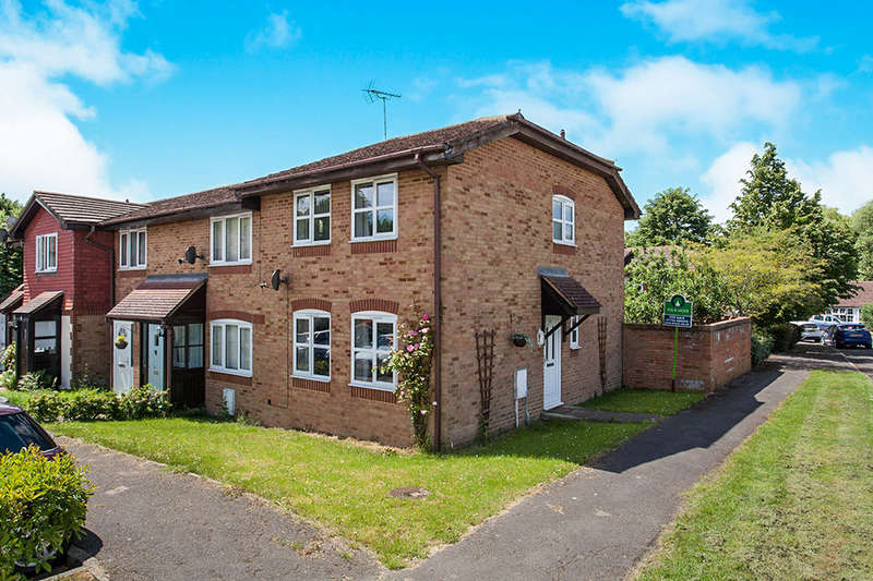 3 Bedrooms Property for sale in Fairfield Close, Kemsing, Sevenoaks, TN15