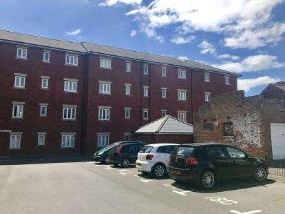 2 Bedrooms Flat for sale in Highbridge Quay, Highbridge, Somerset