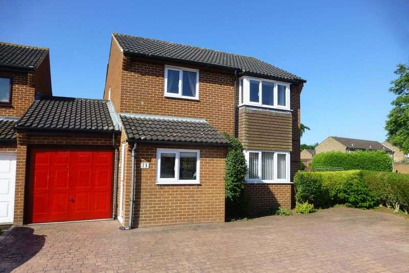 3 Bedrooms Property for sale in Wear Road, Bicester