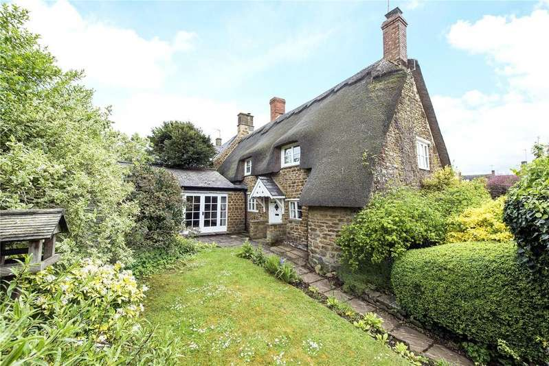 2 Bedrooms Semi Detached House for sale in The Green, Shenington, Oxfordshire, OX15