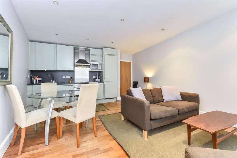 1 Bedroom Flat for sale in Pepys Street, London, EC3N