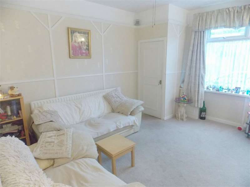 2 Bedrooms Terraced House for sale in Tildsley Street, Great Lever, Bolton, Lancashire