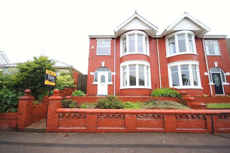 4 Bedrooms Semi Detached House for sale in Warley Road, Blackpool