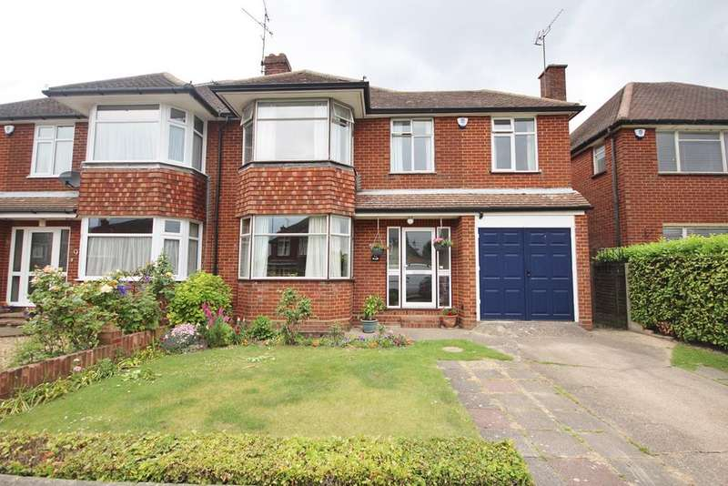 4 Bedrooms Semi Detached House for sale in Hemingford Drive, Luton, LU2