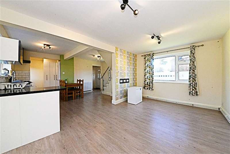 3 Bedrooms Property for sale in Elmshurst Crescent, East Finchley, London, N2