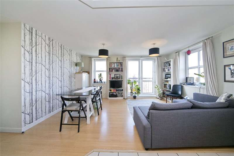 2 Bedrooms Flat for sale in Queensbridge Road, Hackney, E8